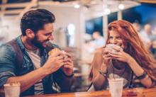ไม่นกแน่นอน! 8 วิธี พูดอย่างไรให้คู่เดทของคุณรู้สึกประทับใจ