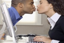 รักแท้ (ไม่) แพ้ระยะทาง! วิธีรักษาความสัมพันธ์สำหรับคนที่ต้องห่างไกล