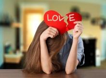 """5 สิ่งที่ควร """"เลิก"""" เพื่อ ลืมคนรักเก่า ที่แสนเจ็บปวด"""