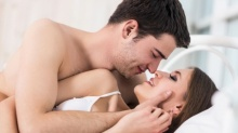 4 กระบวนท่า กระตุ้นอารมณ์รักให้เร้าร้อนก่อนเปิดศึก
